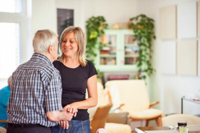 Lokale Ansprechpartner für Menschen mit Demenz